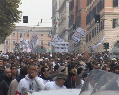 La manifestazione contro la tessera del tifoso.bis
